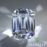 DIAMELIA Emerald cut